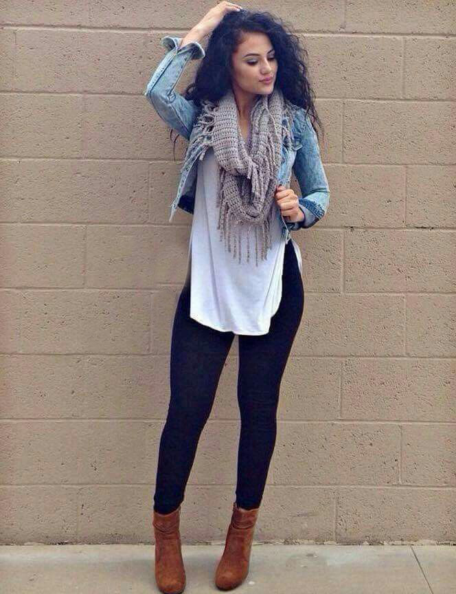 New Trendy Black Jeans Outfits Ideas For Women 16