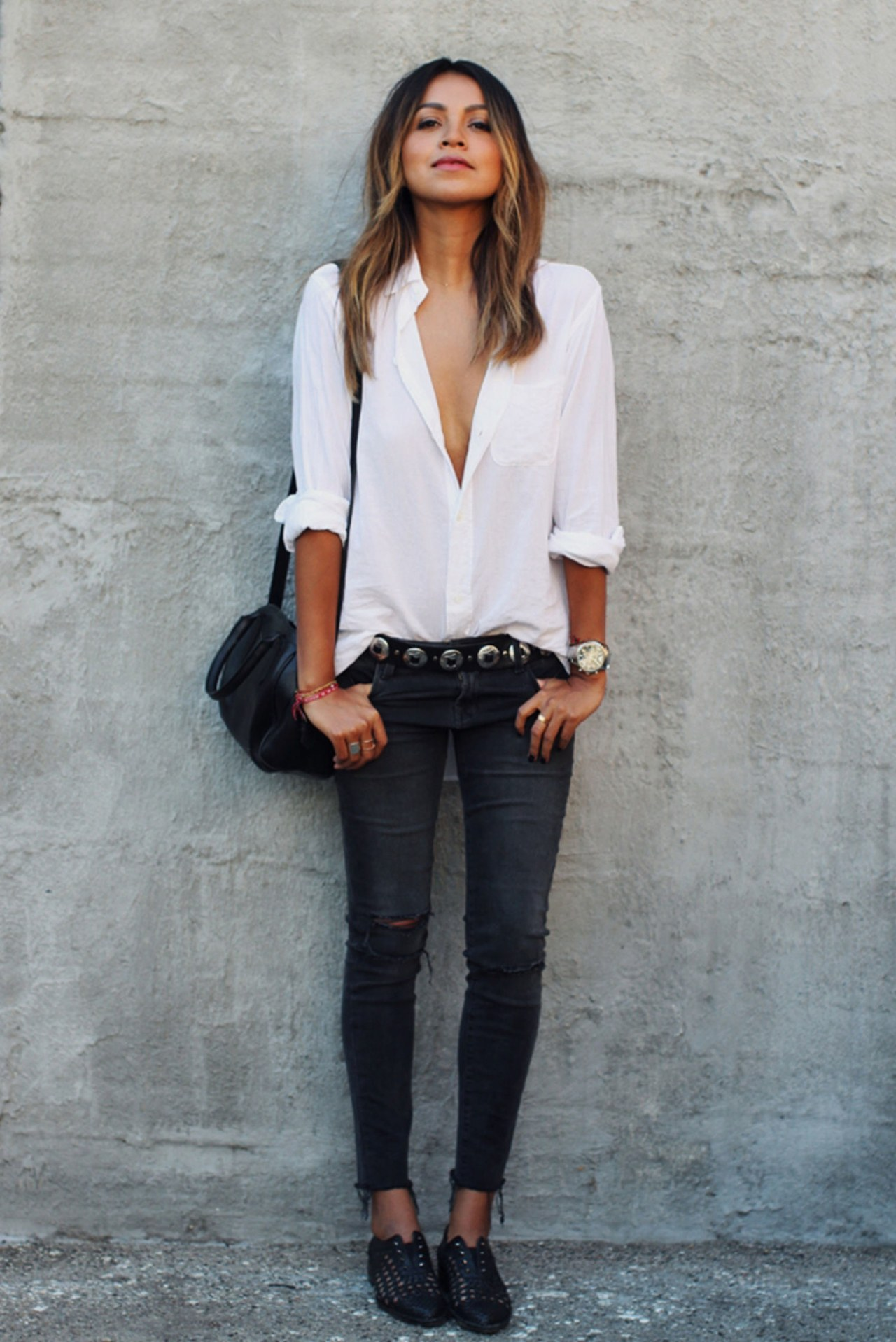 New Trendy Black Jeans Outfits Ideas For Women 26