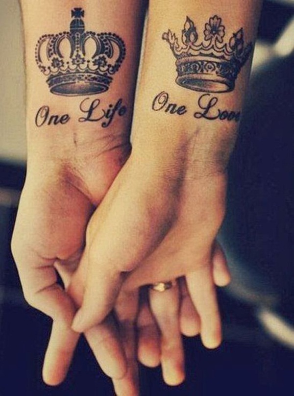 Awesome crown tattoo designs ideas 10