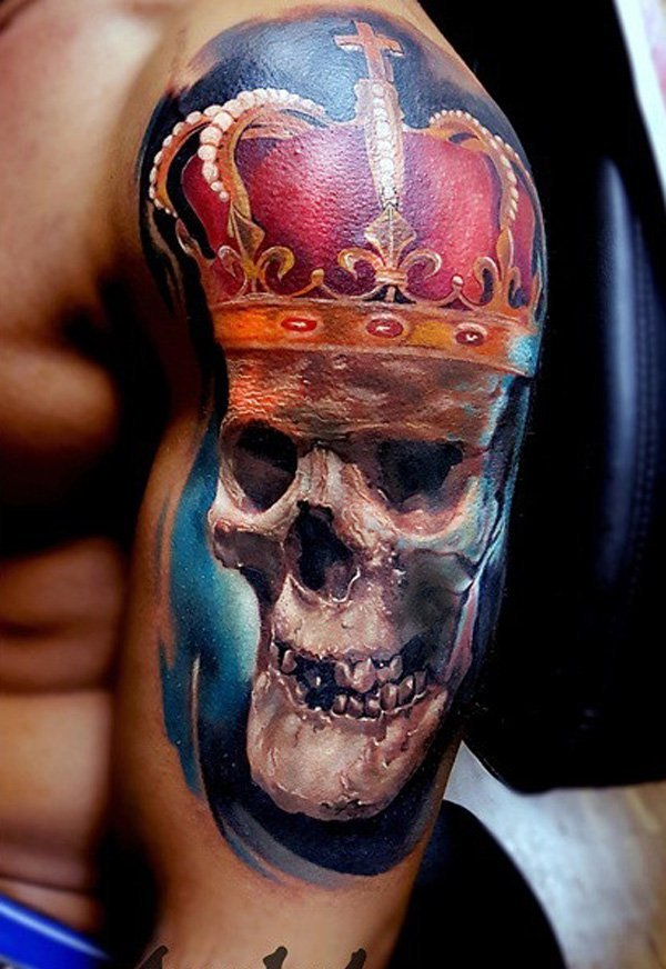 Awesome crown tattoo designs ideas 13