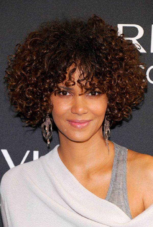 Latest Curly short hairstyles for women 23
