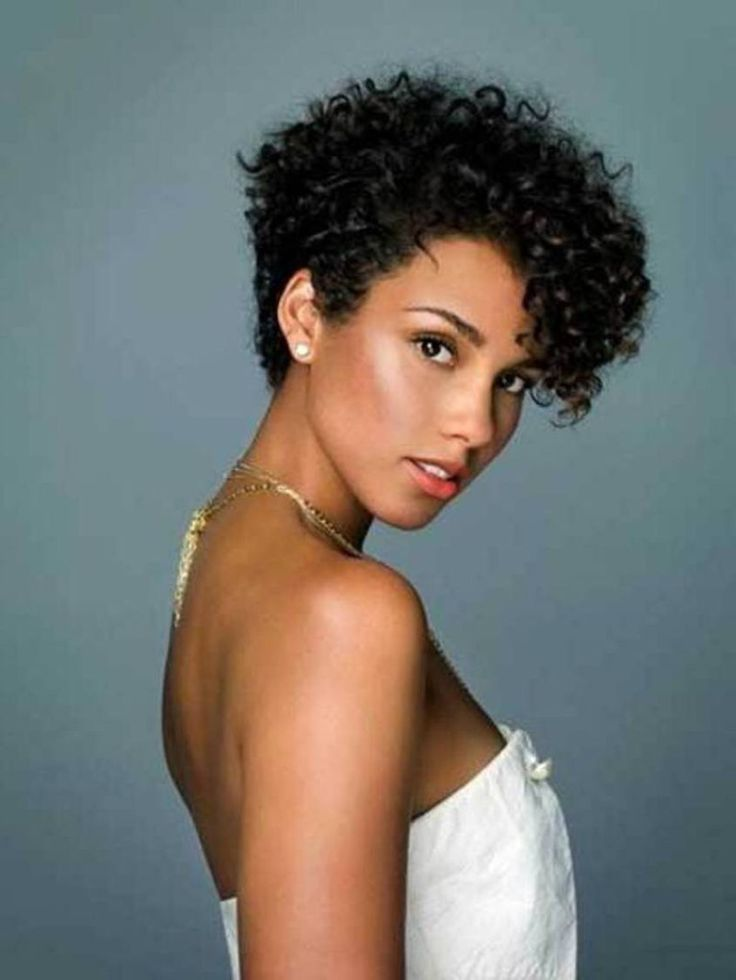 Latest Curly short hairstyles for women 9
