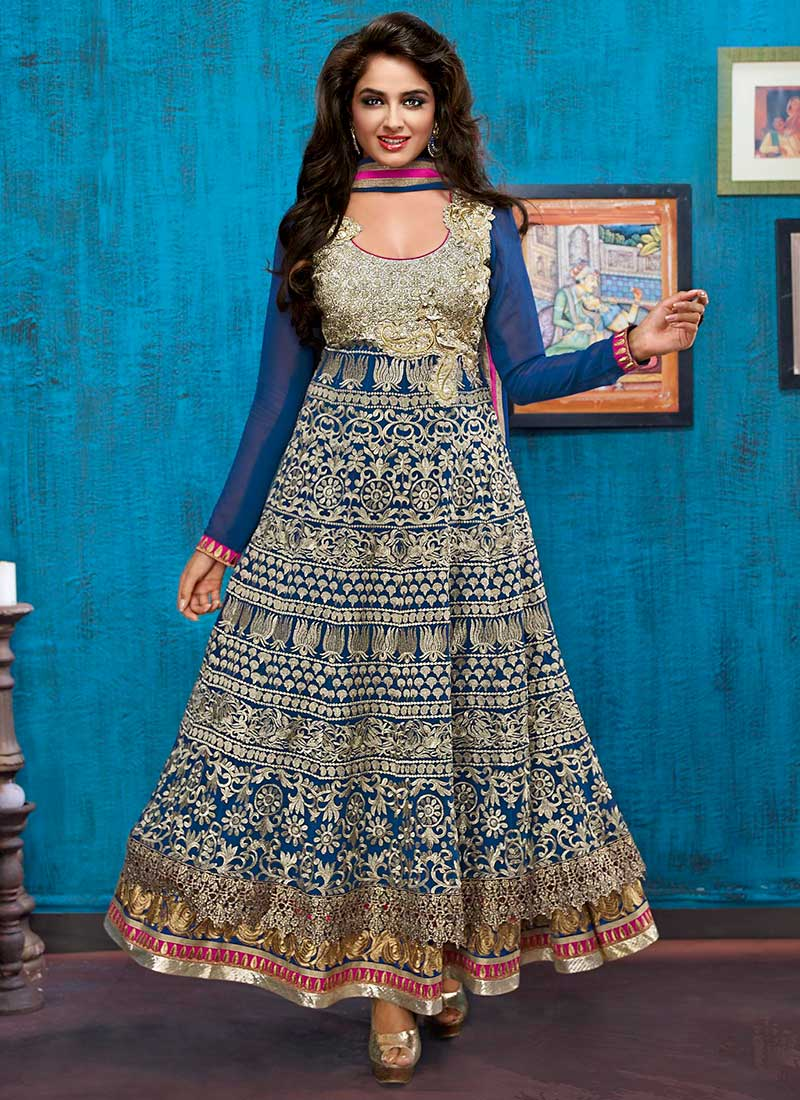 Latest Diwali Dress for women 11