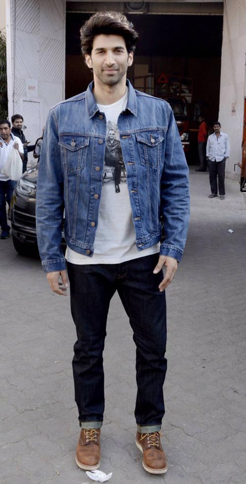 Stylish Men Outfits Look With Jeans 15
