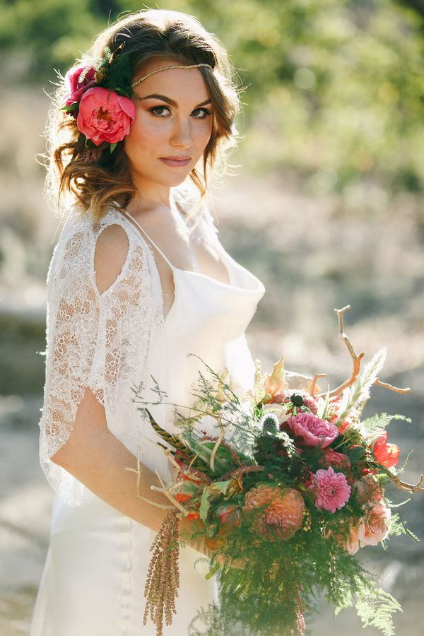 Wonderful fall bridal look 2