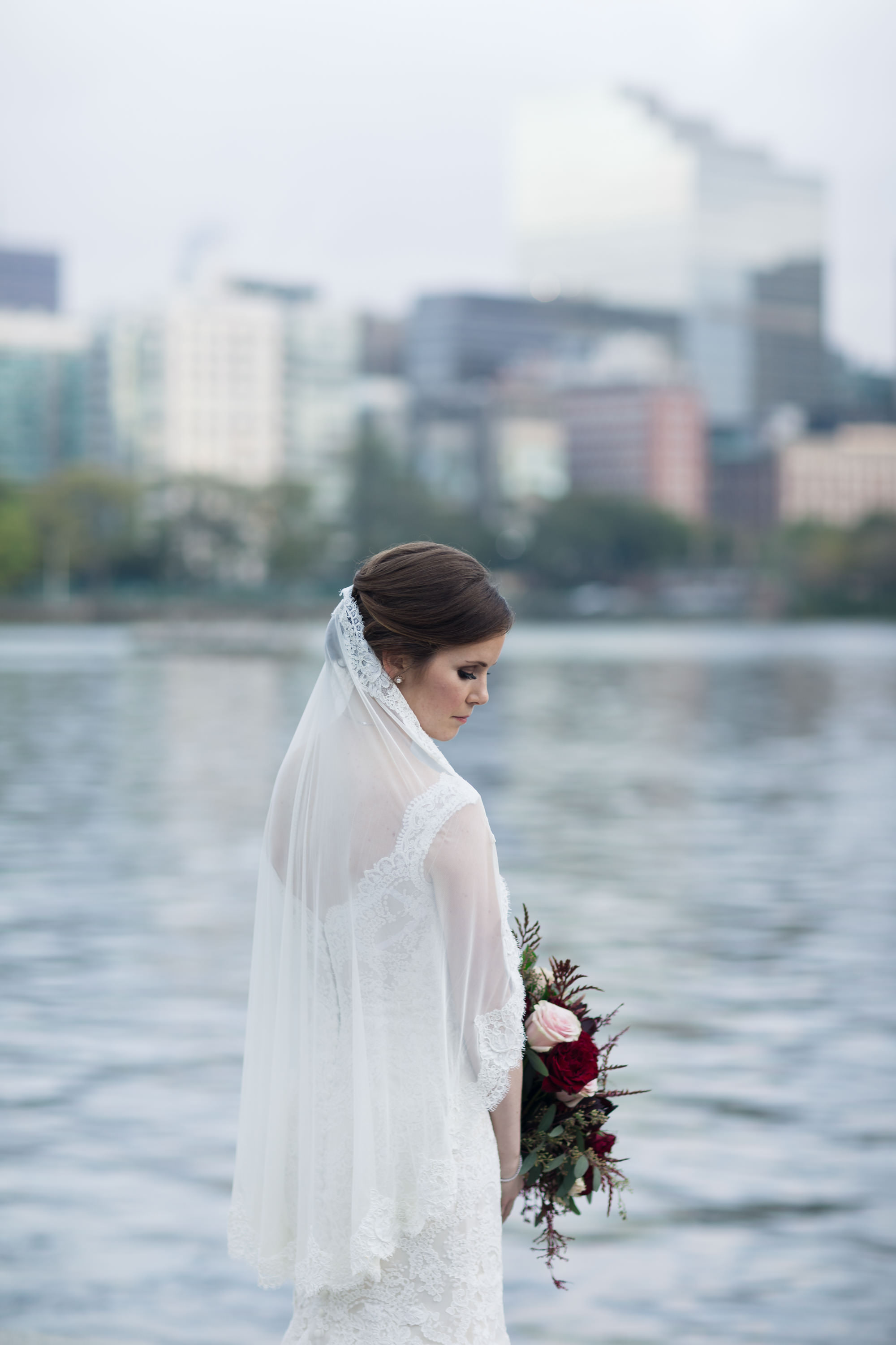 Wonderful fall bridal look 34