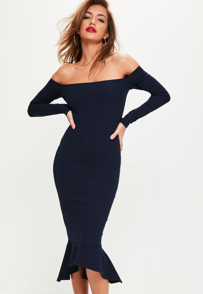 Hottest Black Dresses For Christmas Eve Party 3