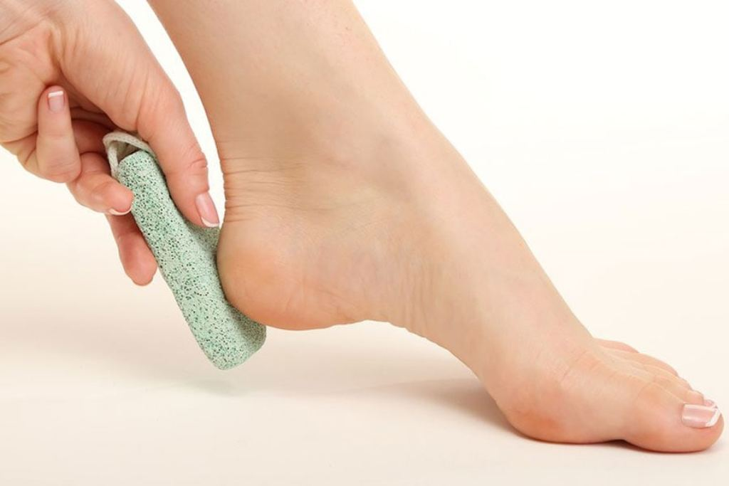 Exfoliating with dry feet