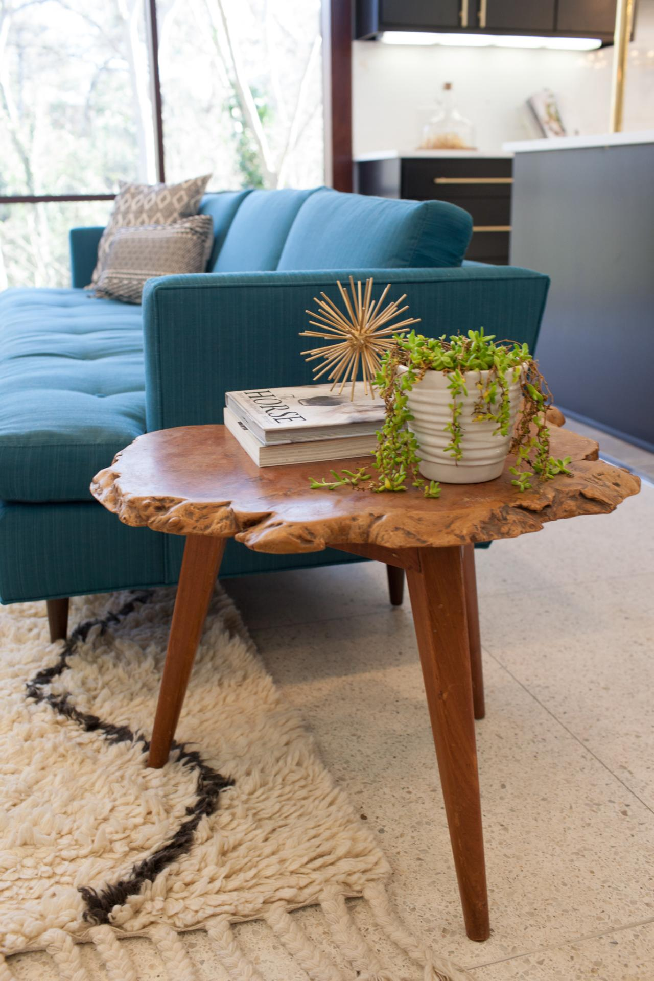 Latest Modern wooden coffee table designs 13